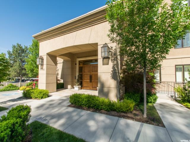 1706 E Murray Holladay S RD #104, Holladay, Utah 84117, 2 Bedrooms Bedrooms, ,2 BathroomsBathrooms,Condo,Under Contract,E Murray Holladay S RD #104,1643417
