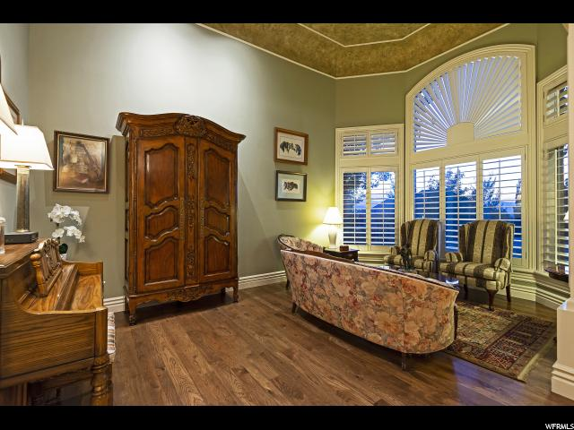 13477 S Aintree E AVE, Draper, Utah 84020, 5 Bedrooms Bedrooms, ,5 BathroomsBathrooms,Single family,For sale,S Aintree E AVE,1648777