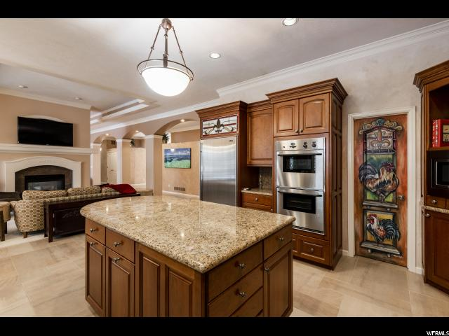 5457 S Merlyn DR, Holladay, Utah 84117, 3 Bedrooms Bedrooms, ,4 BathroomsBathrooms,Single family,For sale,S Merlyn DR,1654627