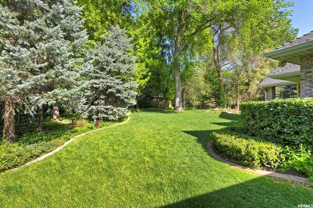 5457 S Merlyn DR, Holladay, Utah 84117, 3 Bedrooms Bedrooms, ,4 BathroomsBathrooms,Single family,For sale,S Merlyn DR,1654627