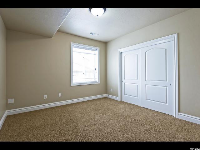 3049 E Hiddenwood S DR, Sandy, Utah 84092, 6 Bedrooms Bedrooms, ,5 BathroomsBathrooms,Single family,Under Contract,E Hiddenwood S DR,1655776