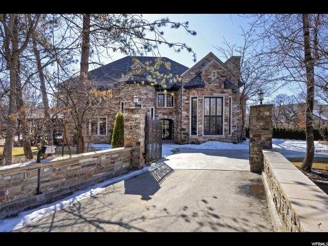 2720 E Shady Brook LN, Holladay, Utah 84121, 4 Bedrooms Bedrooms, ,7 BathroomsBathrooms,Single family,For sale,E Shady Brook LN,1656105
