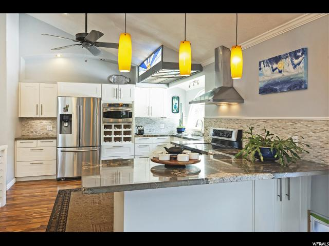 10479 S Dimple Dell RD, Sandy, Utah 84092, 4 Bedrooms Bedrooms, ,3 BathroomsBathrooms,Single family,For sale,S Dimple Dell RD,1656422