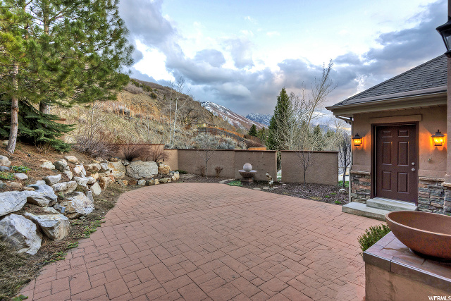 3608 E Crest Mount CIR, Holladay, Utah 84121, 4 Bedrooms Bedrooms, ,5 BathroomsBathrooms,Single family,For sale,E Crest Mount CIR,1661527