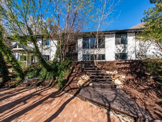3145 E TOLCATE HILLS DR, Holladay UT 84121