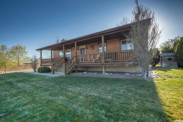 4905 5500, Hooper, Utah 4 Bedroom as one of Homes & Land Real Estate