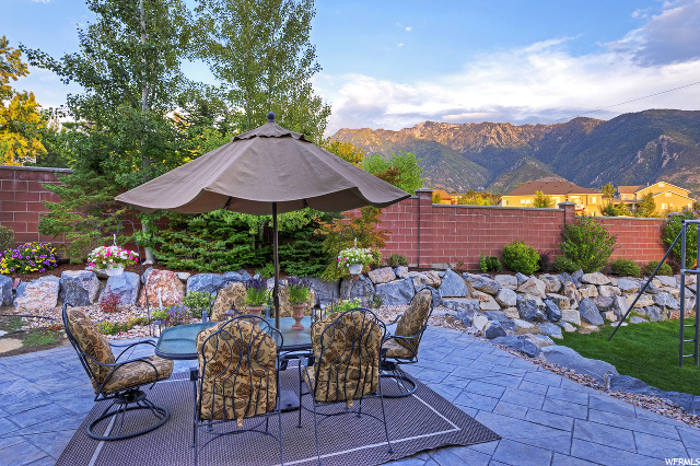 11045 S Tall Pines E WAY, Sandy, Utah 84092, 5 Bedrooms Bedrooms, ,4 BathroomsBathrooms,Single family,For sale,S Tall Pines E WAY,1674684