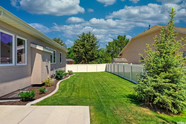 5345 S Kenwood DR #101, Salt Lake City, Utah 84107, 2 Bedrooms Bedrooms, ,3 BathroomsBathrooms,Single family,For sale,S Kenwood DR #101,1684397