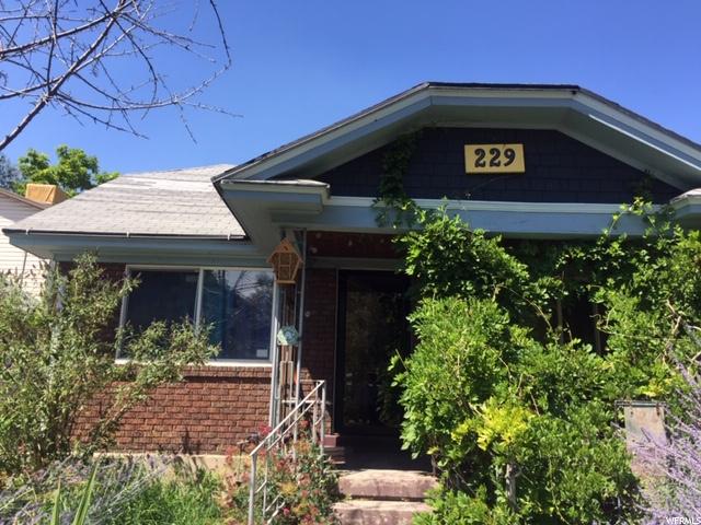 229 E Wilson Ave