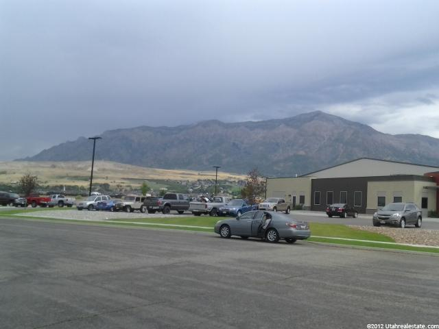 Additional photo for property listing at 2750 N PARKLAND BUSINESS CE Boulevard 2750 N PARKLAND BUSINESS CE Boulevard Pleasant View, Utah 84404 États-Unis