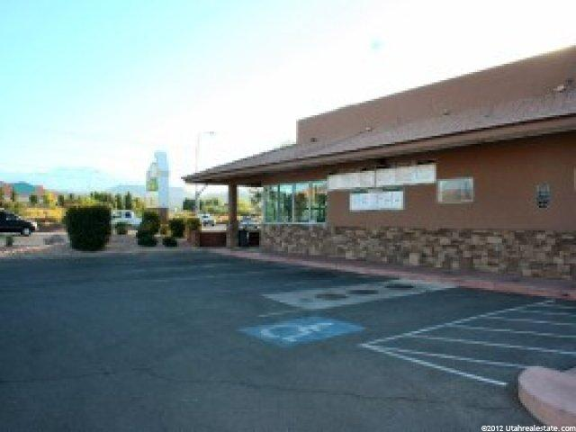 Additional photo for property listing at 1025 LAVA FLOW Drive  Santa Clara, Utah 84765 United States