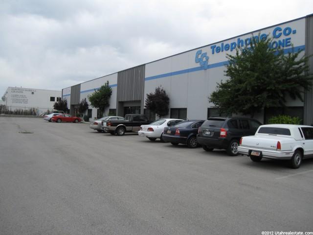 Additional photo for property listing at 2451 S 600 W 2451 S 600 W Salt Lake City, Юта 84115 Соединенные Штаты