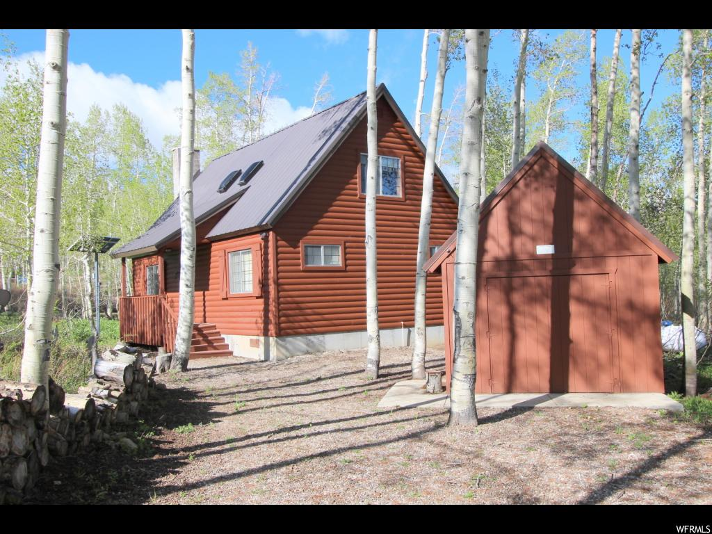 Gorgeous Furnished Cabin in mint condition at Fairview Lakes!  Custom Built with 3 large bedrooms, 2 1/2 baths, family room, beautiful kitchen, large dining area and  big 16' x 16' deck.  Other features include rock fireplace, new commercial generator & 10 new batteries, solar system, Direct TV satellite system, garage for ATV's, nice work bench & custom swing set for the kids. One of the choicest lots  that borders a big common area on 2 sides, tons of Aspen trees and level usable terrain. Enjoy excellent fishing & canoeing on Fairview Lake, ride tons of ATV trails and snowmobiling along Skyline Drive.  Gated Community with well maintained roads, horse corral areas and beautiful scenery!  Fairview Lakes Association is a leasehold property with a 50 year lease that automatically renews.  I have a lender that will do a 30 year conventional loan with normal down payment and very competitive interest rates!!  Financing is not a problem.