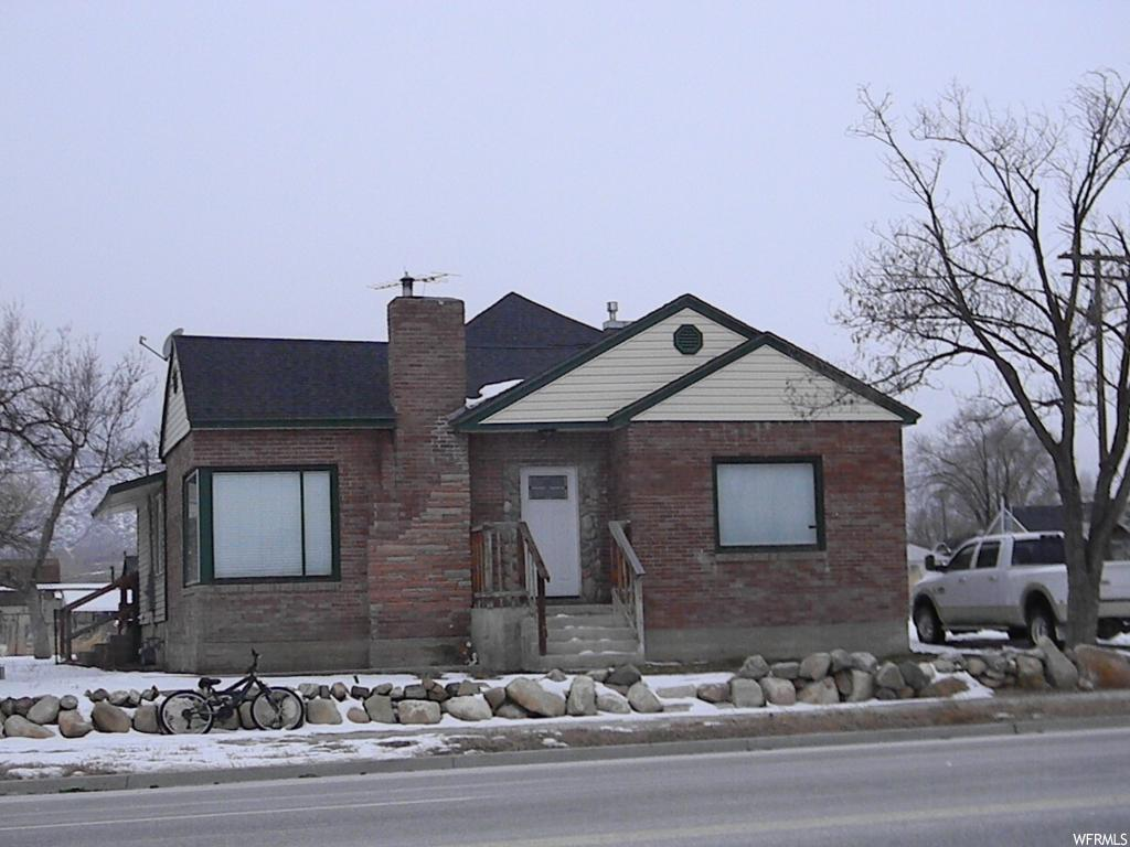 (A2199CF) Very nice, totally remodeled home! This house is so nice and beautifully finished. New everything! 3 good sized bedrooms. New electrical and plumbing. Wonderful view of the mountains. Ready to move into. Room for expansion.  This house won't last long! Call Carol for an appointment.