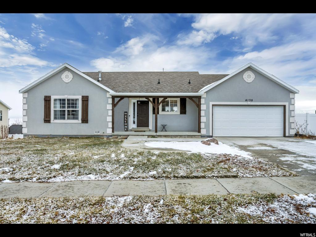 Views Views Views! Check out this beautiful home in Saratoga Springs with incredible views of Utah Lake and Wasatch Front.Open floor plan w/ high ceilings;stainless appliances; 2 car garage;sprinkler system; and much more.Close to TalonsCove Golf  Club.