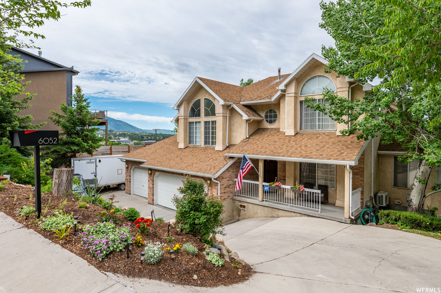 6052 S HEUGHS CANYON CT, Holladay UT 84121