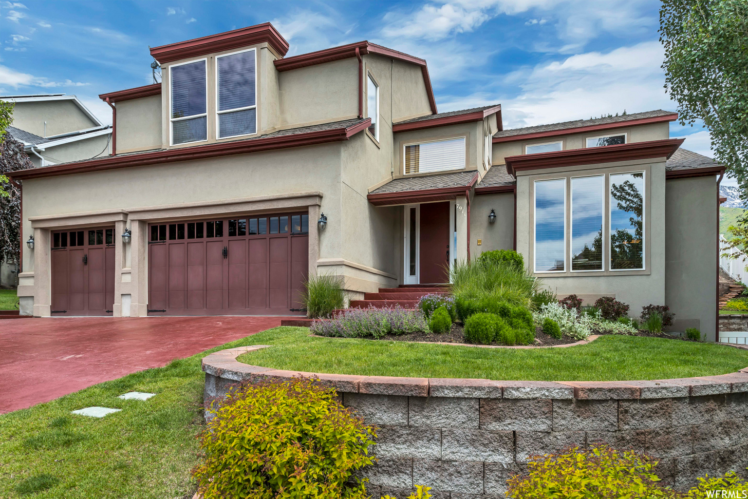 7911 S MAJESTIC DR, Cottonwood Heights UT 84121