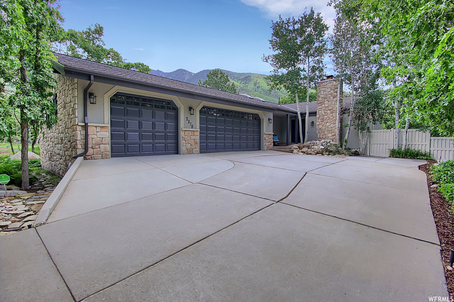 2378 E WILLOW VIEW WAY, Sandy UT 84092