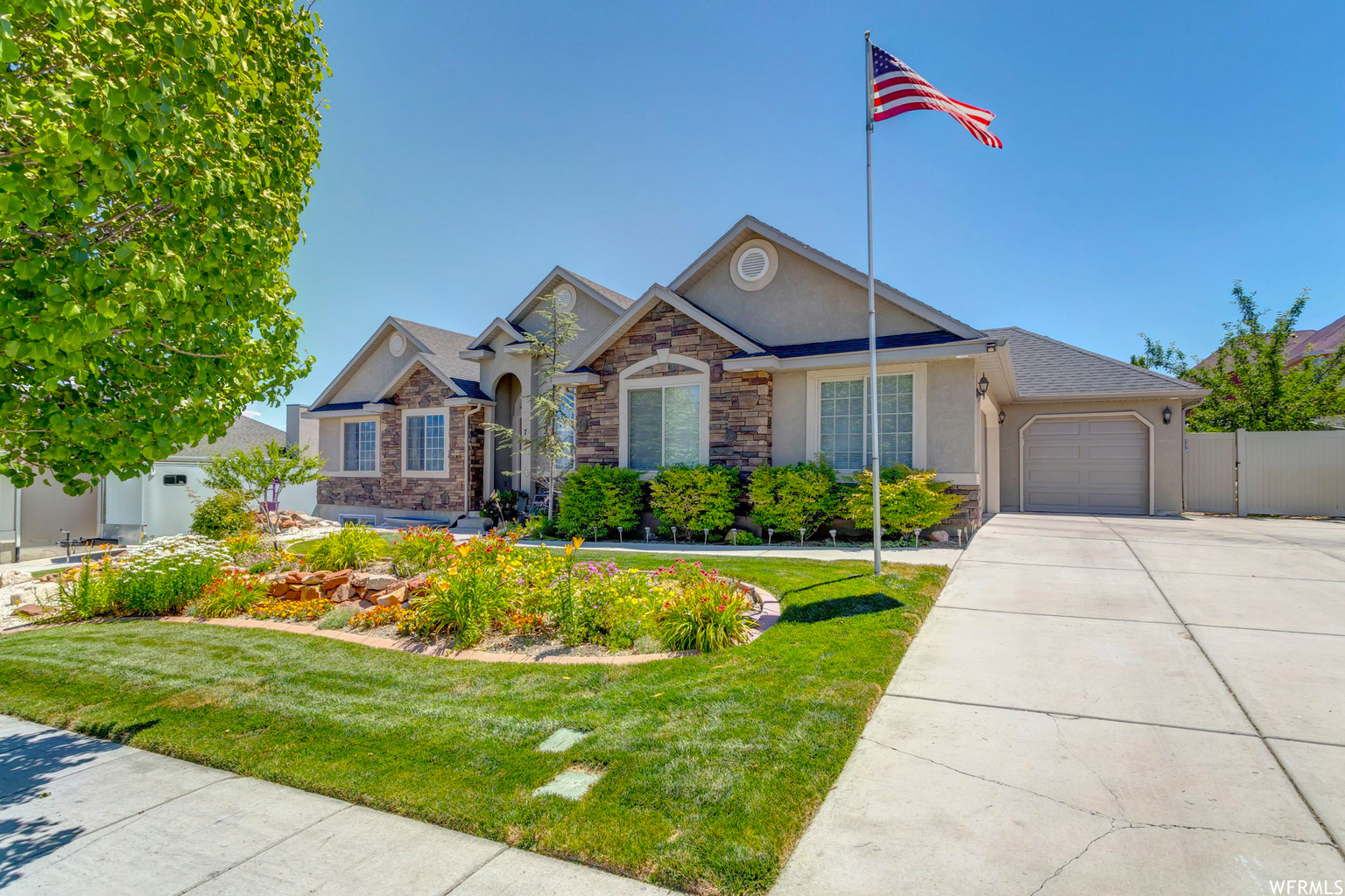 73 E FAIRWAY BLVD, Saratoga Springs UT 84045