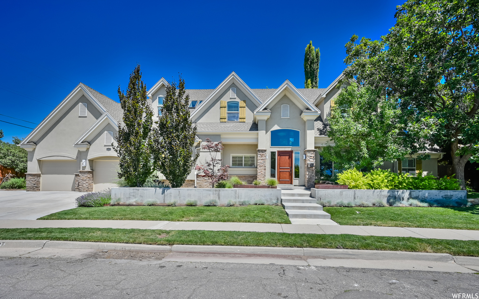 2327 E 900 S, Salt Lake City UT 84108