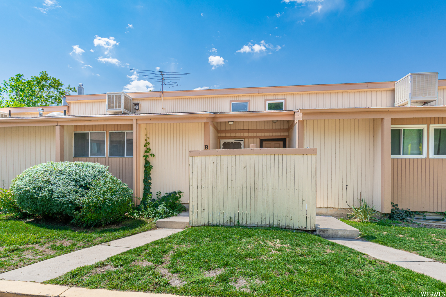 885 S 1650 E Unit B, Clearfield UT 84015