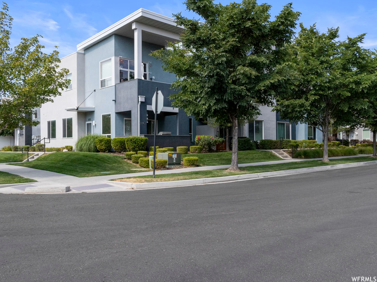 10398 S CLARKS HILL DR Unit 107, South Jordan UT 84095