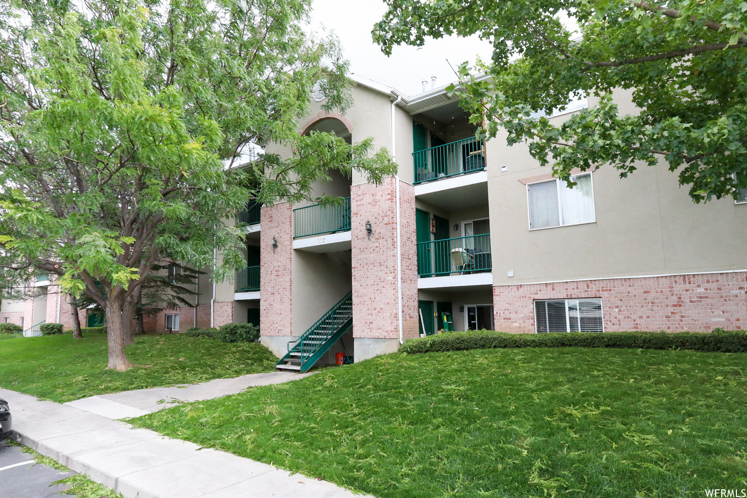 272 E NEW CENTURY LN Unit E-72, Salt Lake City UT 84115