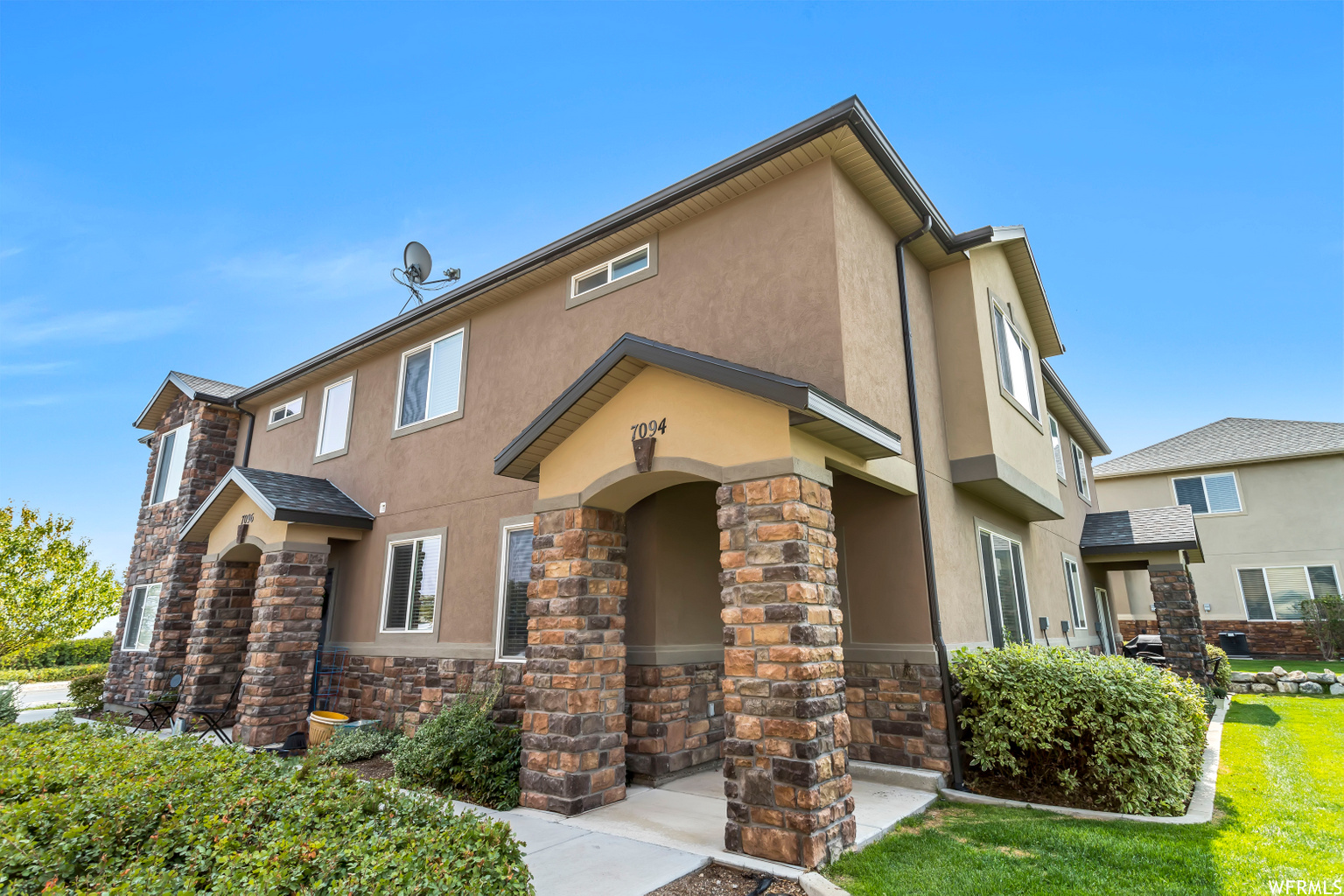7094 S THORNDALE WAY, West Jordan UT 84084