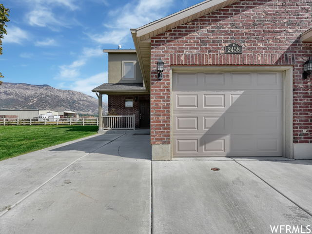 2458 WELLINGTON AVE, Ogden UT 84414