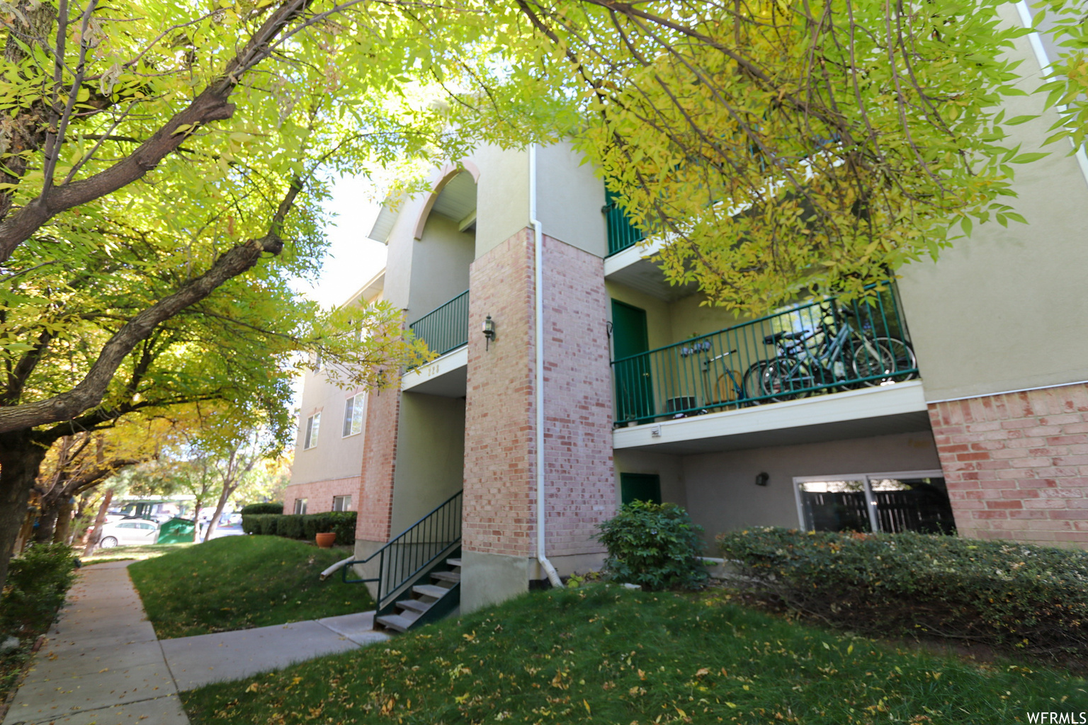 228 E NEW CENTURY LN Unit B-28, Salt Lake City UT 84115