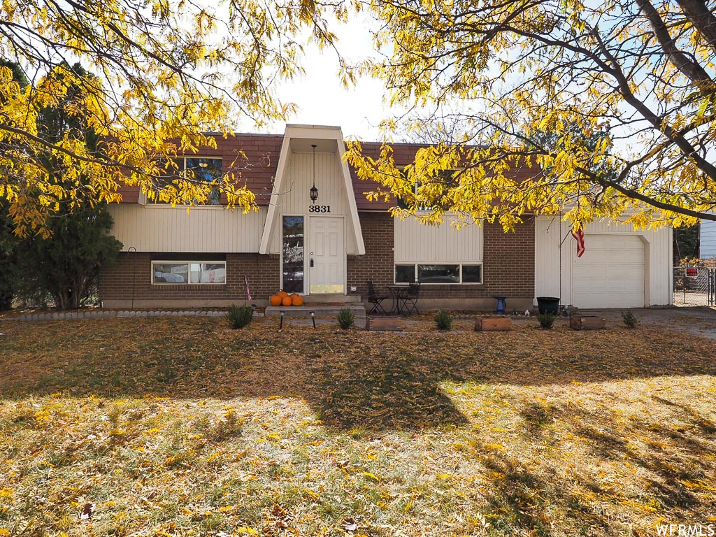 3831 W CAROLINA DR, West Jordan UT 84084