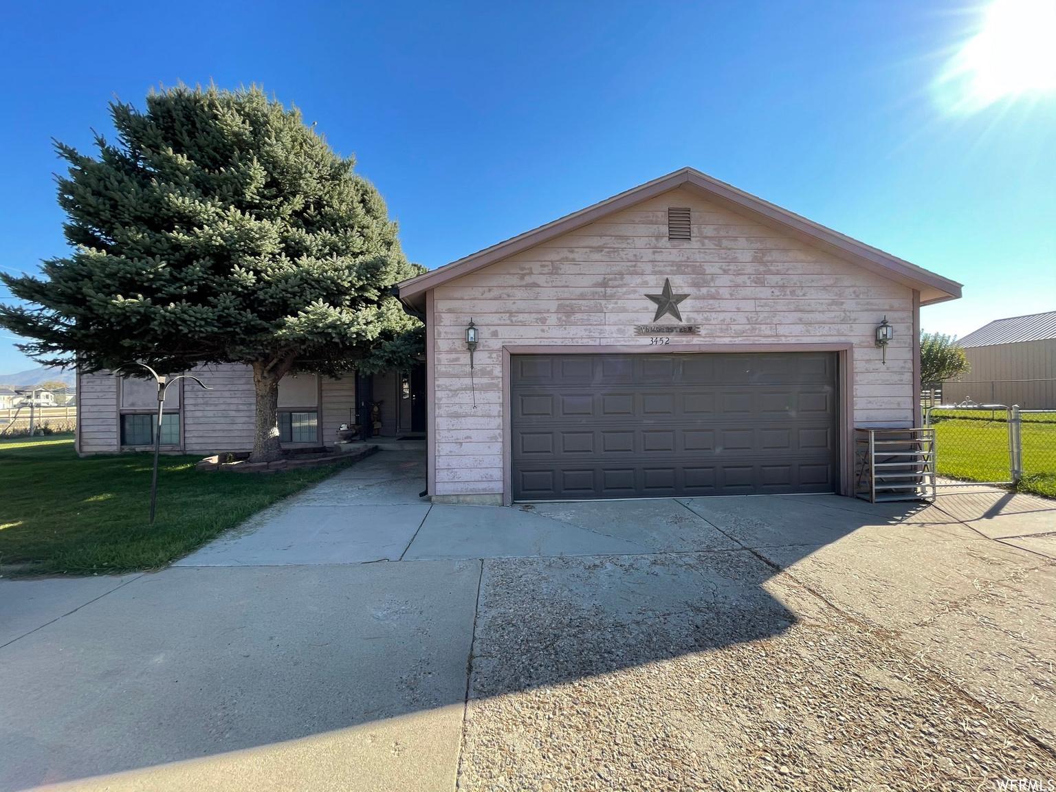 3452 S 2700 W, West Haven UT 84401