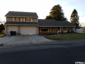 2425 S Pierce Ave  - Click for details