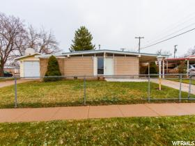 6239 W Meander Ave  - Click for details