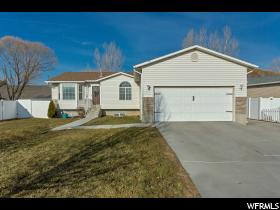 78 W Middle Cir  - Click for details