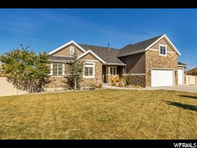 Home for sale at 6984 W Boulder Ridge Cicle , Herriman, UT 84096. Listed at 564900 with 4 bedrooms, 3 bathrooms and 4,445 total square feet