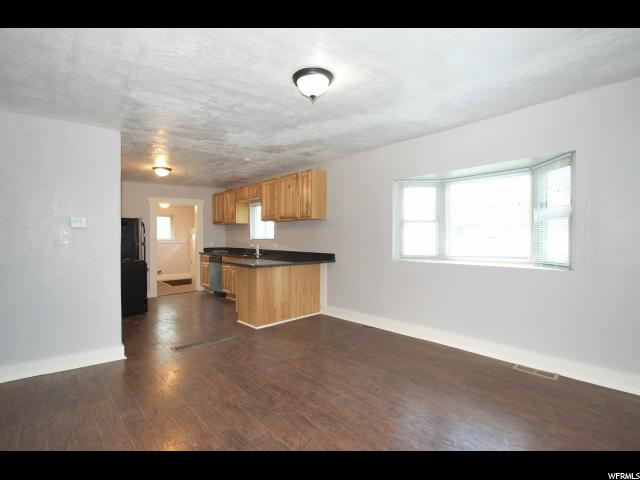 2815 S Jackson Ave  - Click for details