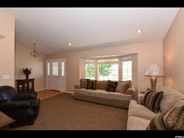 434 N Carriage Ln  - Click for details