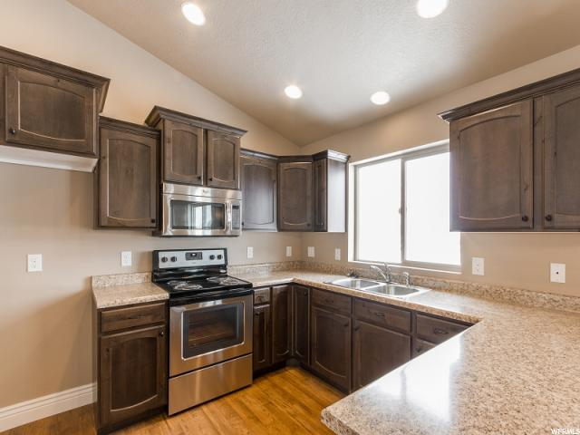 256 W Pear St  - Click for details