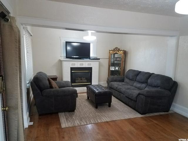 2931 S Cyprus Ln  - Click for details