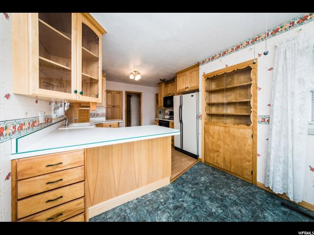 130 W 400 South  - Click for details
