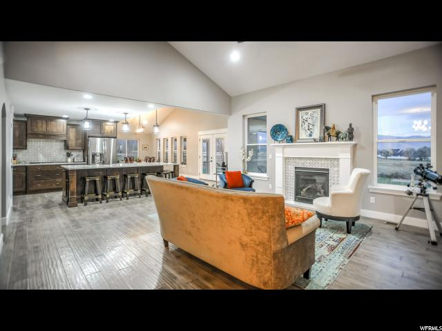 1667 W 75 South  - Click for details
