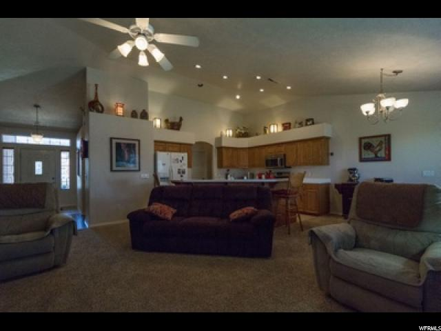 Your Dream Utah Property 279 000 33 145 North Mall Dr
