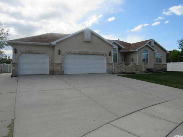 10928 S WOOD STONE CIR, South Jordan UT 84095
