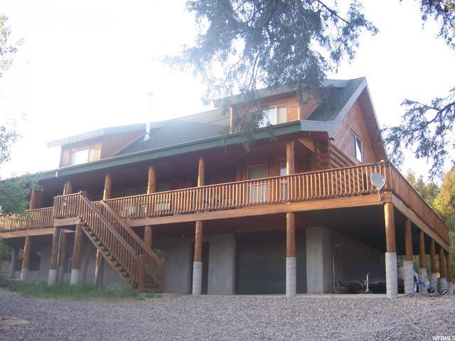 Beautiful cabin in Pine Creek Meadows.  (The pictures do not do it justice). East of Mt. Pleasant about 15 minutes from town. 3 story's, Fully furnished. Master suite with jetted tub, kids playroom. many great features. Locked gate access. Super views and easy access. Recreational property. Year round living only by snow machines in the winter.
