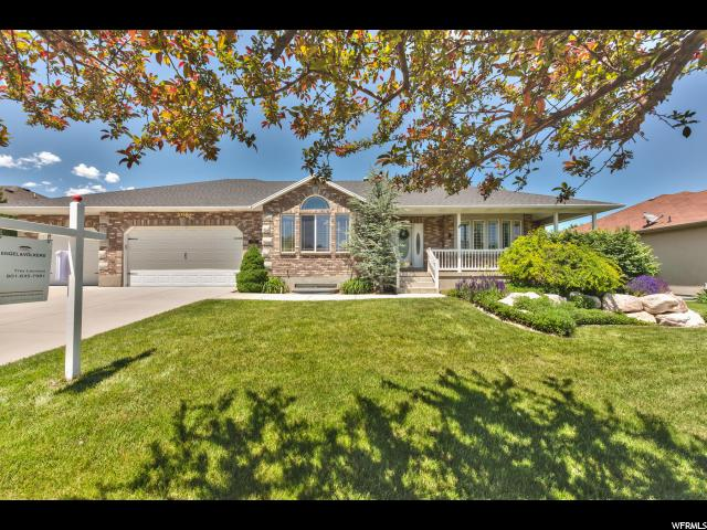 1058 W TRIMBLE CREEK DR, West Jordan UT 84088