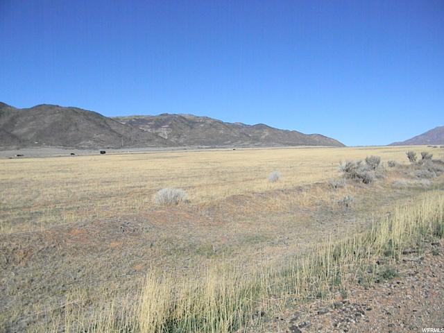 (A2151CI) Very nice property located about 1 mile out of Fountain Green, down the old highway road. This property was dry farmed at one time. It is on both sides of the road. The views are amazing and the potential is endless.