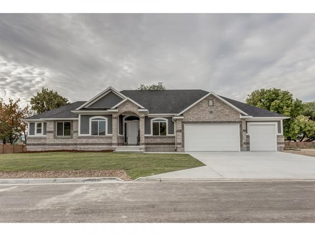 1027 W RIVER PASS CV, South Jordan UT 84095