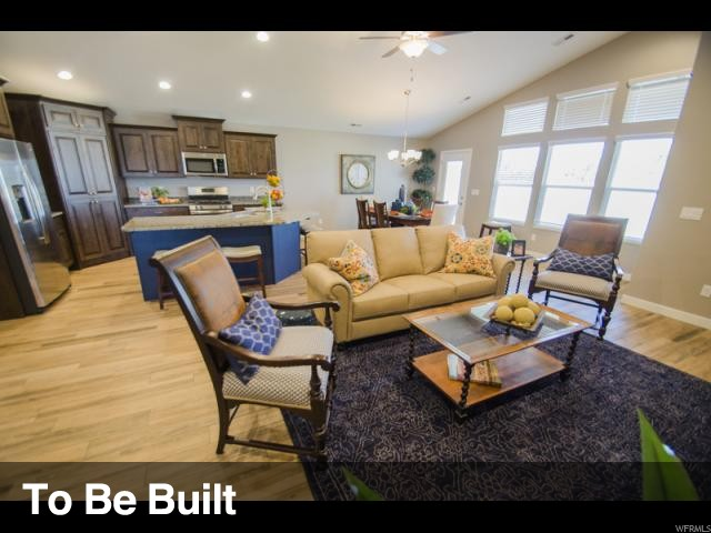 2289 W 1910 N Unit 303, Clinton UT 84015