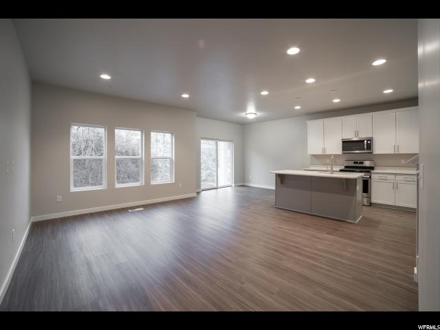5006 N MARBLE FOX WAY Unit 137, Lehi UT 84043